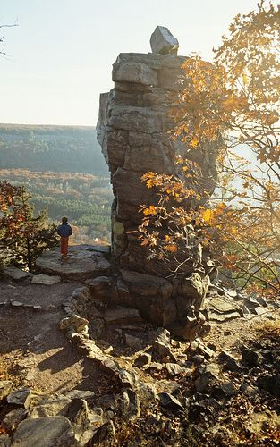Trail and rock formation at Devil's Lake State Park.