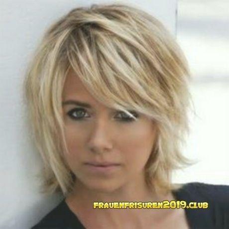 Frisuren Frauen Mittellang Gestuft Frisurfrauenmittellangstufig Frisuren2018frauenmittellangstu In 2020 Stufige Frisuren Kinnlange Haare Frisuren Frisur Dicke Haare