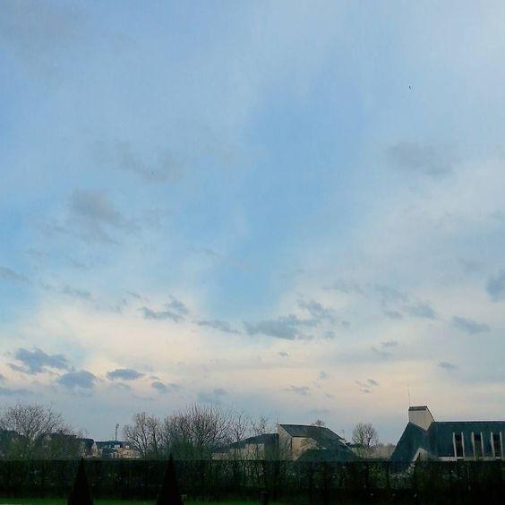 Tombée du jour #igerscaen #igersnormandie #insta_normandy #Caen by caenlamer