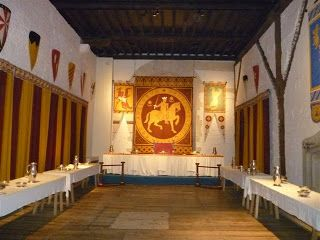 Carol Townend - Medieval Romance Author: Medieval Furnishings - Reconstruction in Dover Castle