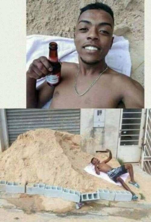 Aqui En La Playa Disfrutando De La Vida Humor Memes Funny Divertido Memes Divertidos Humor De Cerveza Memes Graciosos