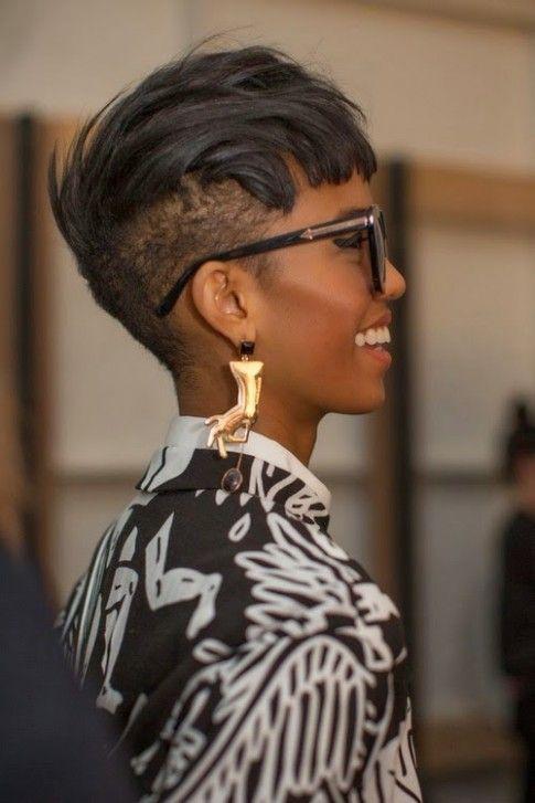 Undercut Hairstyle Black Female In 2020 Undercut Hairstyles Womens Hairstyles Cool Short Hairstyles