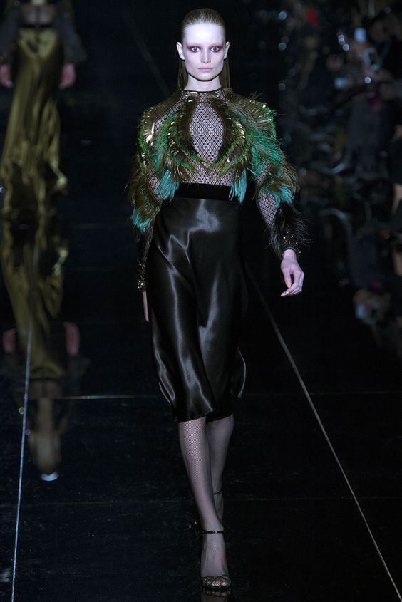 Gucci Fall 2013 Ready-to-Wear Fashion Show - Maud Welzen