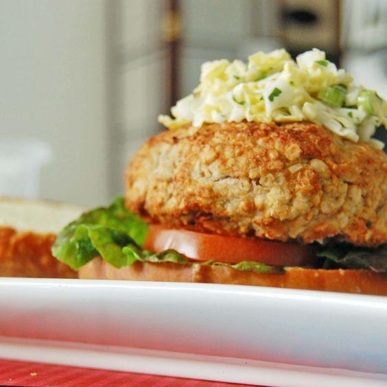 Burger à la dinde, à l'avoine et aux légumes
