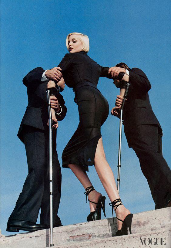 Nadja Auermann    Photographed by Helmut Newton, Vogue, 1995