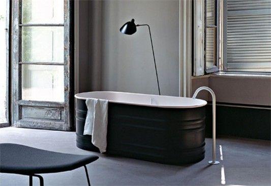 Patricia Urquiola bath tub for Agape. G E N I U S