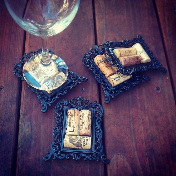 Decorative Wine Cork Coasters in Mini Frames  #DIY #wine #crafts: