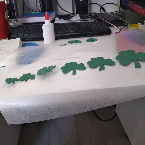 Shamrock Garland Stage 1