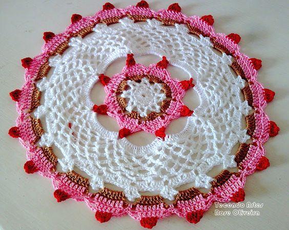 Tecendo Artes em Crochet: Toalhinha Cupcakes da Márcia - Eu também fiz!