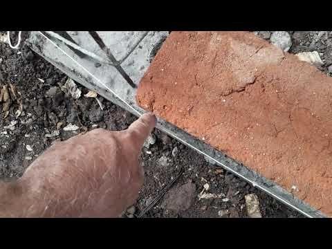 Como Colocar Los Hilos Utilizando Una Plomada Plomeándolos Para Empezar A Pegar Ladrillo Youtube Vigas De Concreto Como Pegar Ladrillos Ladrillo