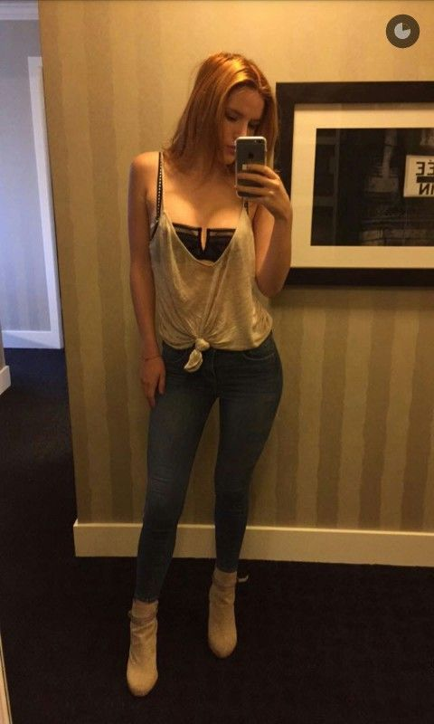 Party lool silver top jeans | Things to Wear | Pinterest | Bella ...