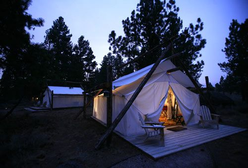 Sign me up! Glamping in all it's glory!    http://bohocircus.typepad.com/boho-circus