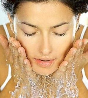 Six tips for keeping clear #skin any time of the year. http://www.missomoms.com/health-beauty/skin-care/6-tips-for-keeping-clear-skin-this-summer #beauty