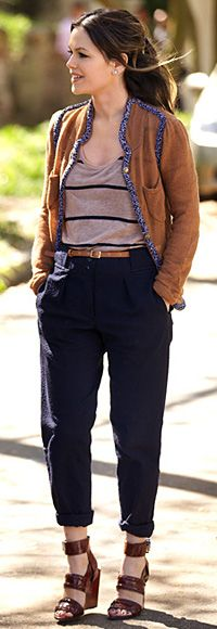Rachel Bilson wore this on Hart of Dixe & I was drooling over the clothes the entire scene!