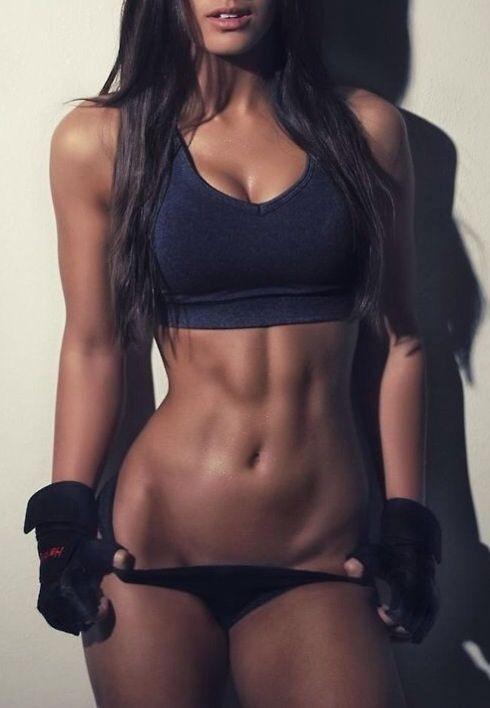 Todas nós podemos ter um corpão assim! É só focar nos exercícios e na boa alimentação :)