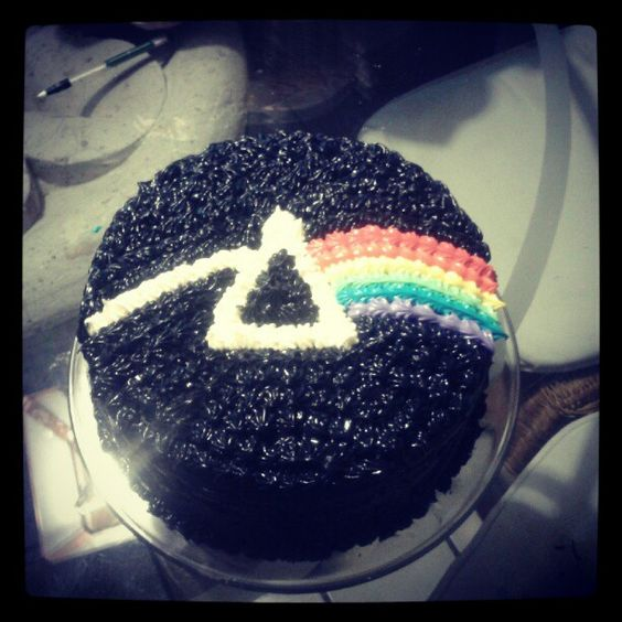 Pink Floyd cake made by me :D Cakes! Pinterest Pink ...
