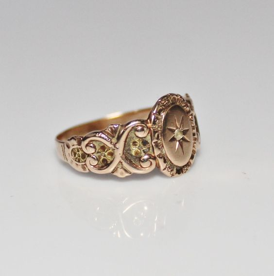 Antique Victorian 10k Yellow & Green Gold Rose Cut Diamond Ring, Size from jenandivintagejewels on Ruby Lane