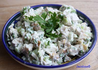 Gezond leven van Jacoline: Makkelijke kip salade met bleekselderij en Griekse yoghurt.