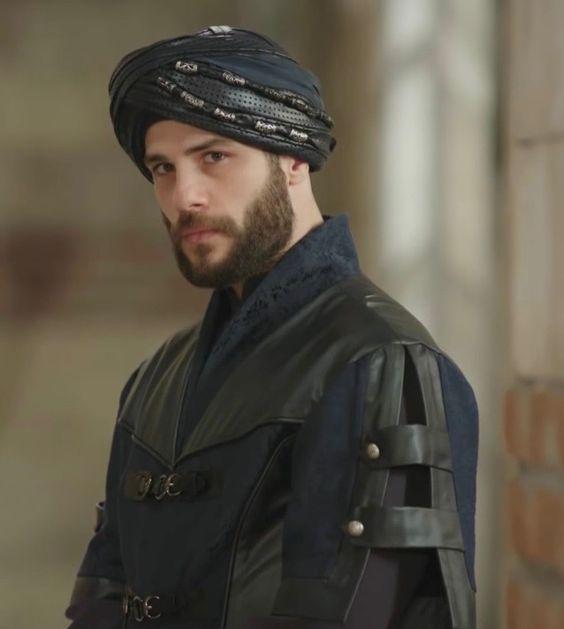 Sultan Yahya (Iskender) 4e2388e31bee93bdae8a5d3ae1e3c0a2