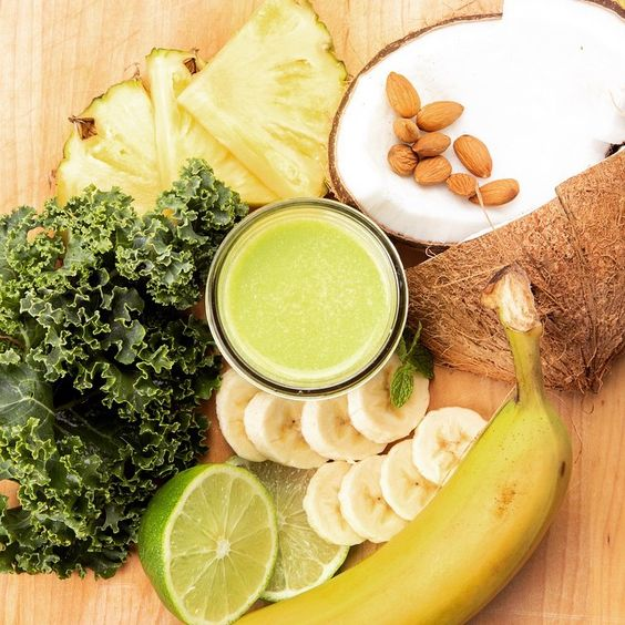 Just add rum? Our Pina Verde is made with house blended coconut milk, fresh pressed pineapple, banana, kale, spinach, parsley, almonds, mint and a twist of lime. #verdejuice #santafecolor #howtosantafe #simplysantafe #purenm #pineapple #organic