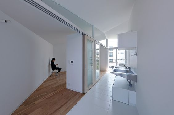 alphaville-concrete-hikone-studio-apartments-japan-designboom-02