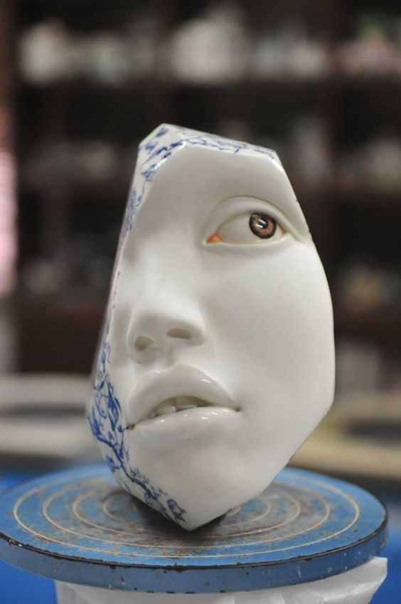 Johnson Tsang, Porcelain, Throwing, altering and modelling, 2015