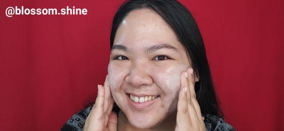Propolis Facial Wash Gel ini busanya tidak terlalu banyak, dan terasa segar ketika digunakan