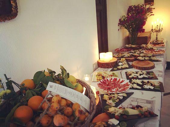 Terminada decoración mesa de quesos