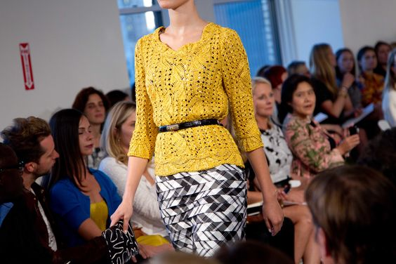 Yellow + Black & White - Oscar de la Renta - Spring 2013 #odlr (photo by Xavi Menós)