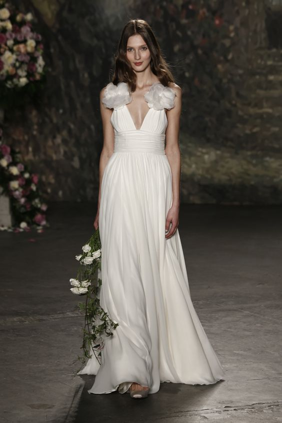 Jenny Packham Bridal Spring 2016 Collection: