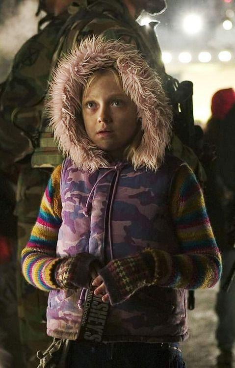 Dakota Fanning in War of the Worlds | Hollywood Nightmares ...