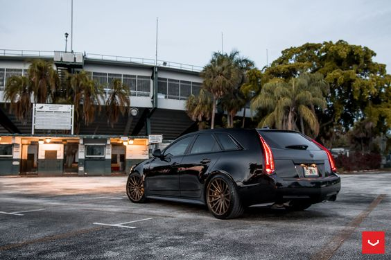 850hp Cadillac CTS-V Wagon on Vossen VFS-2