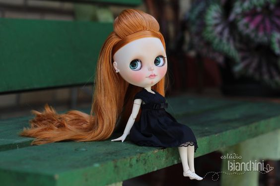 https://flic.kr/p/CcdZGQ | Adele - Custom Blythe and Eyechips by Gisele Bianchini