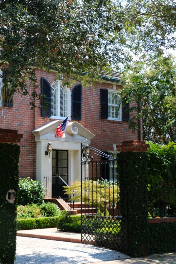 Red brick house in Charleston: