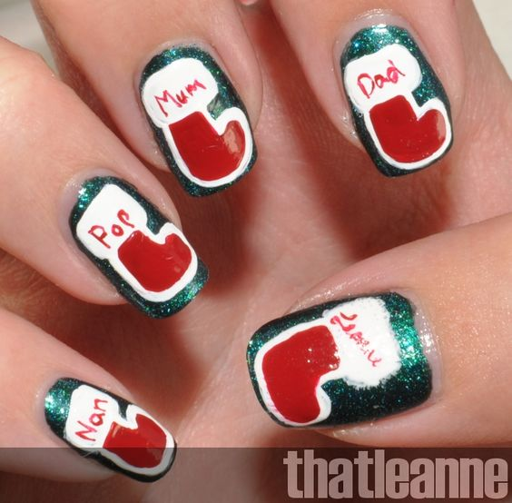 thatleanne: Holiday nail art: Stockings!