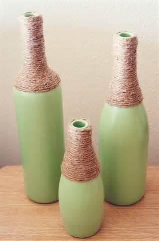 garrafas com detalhe em cizal
