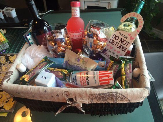 Wedding Morning Gift Basket : ... gift basket gifts Pinterest Gifts, Honeymoon gifts and Baskets