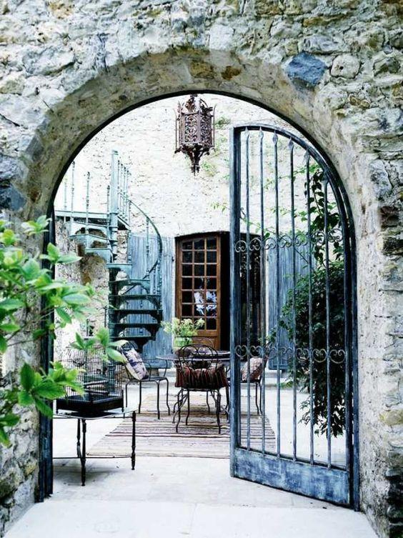 Portillon de jardin et portail les premiers qui nous for Portillon interieur