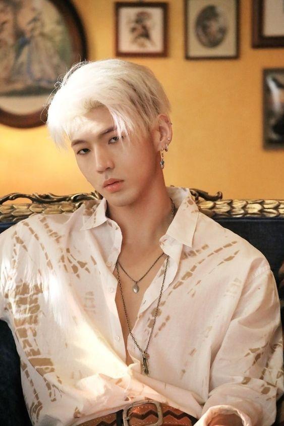 Top Ten Handsome Kpop Male Idols In 2020 Fans Choice In 2020 Bm Kard Kard Kpop