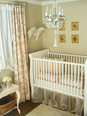 Pretty nursery, so so pretty.: Nursery Idea, Angel Wings, Baby Baby, Baby Girl, Future Baby, Baby Room, Girl Nursery, Kid