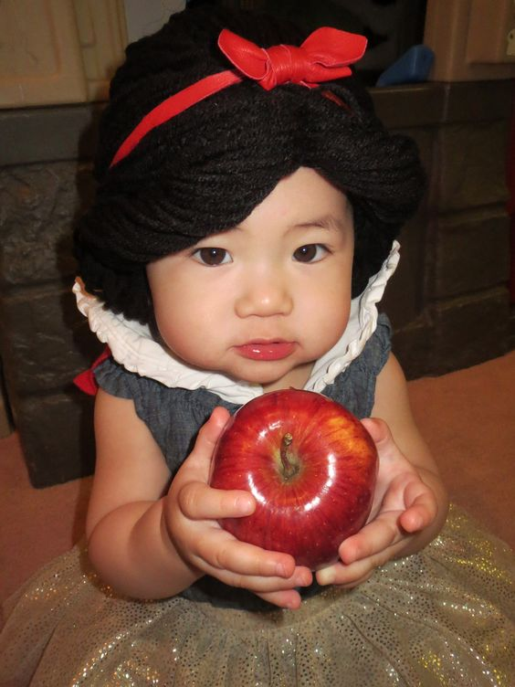 Baby Snow White Wig 102