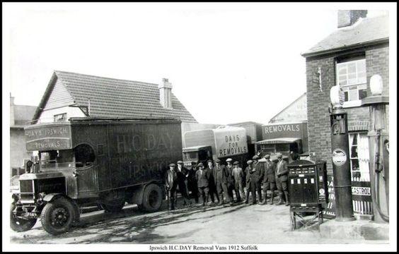 IPSWICH H.C.DAY REMOVAL VANS 1912