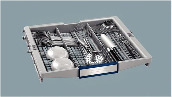 top cutlery tray in the siemens integrated dishwasher sn66t097gb
