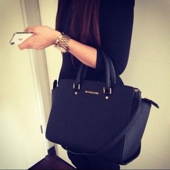 Michael Kors Selma Large East West Satchel Handbag Beautiful large MK Selma in Black. Never been used. New with all tags, box, and dust bag. This bag is stunning ✨ by MICHAEL Michael Kors NO TRADES! Michael Kors Accessories