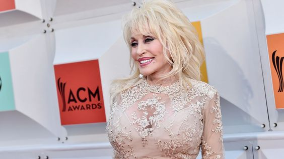 Dolly Parton Talks New Film, Touring and 50 Years of Marriage #headphones #music #headphones