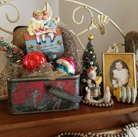 Follow The Yellow Brick Home - Creating A Cozy Christmas With Vintage Christmas Vignettes – Follow The Yellow Brick Home