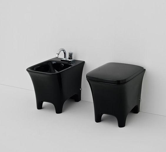 I sanitari bagno di colore nero. La nuova tendenza.  Sanitari per il bagno  Pinterest