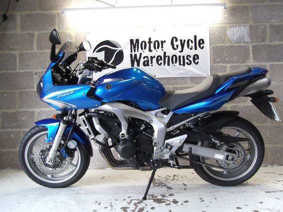 Yamaha 600 Fazer Bright Blue