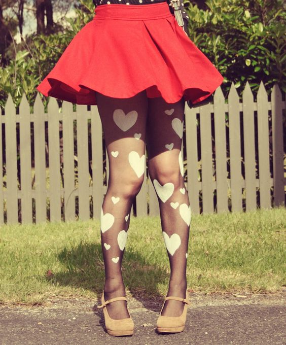 DIY Heart Print Valentines Tights! Did this with black hearts and it worked really well!