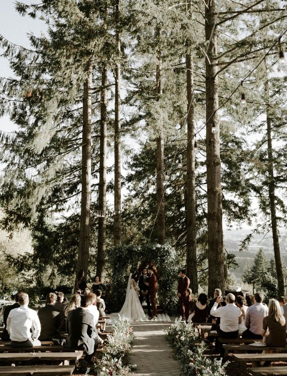 This Pacific Northwest Forrest Wedding Would Make Any Bride Swoon